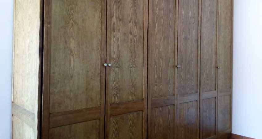 Armario de madera a medida